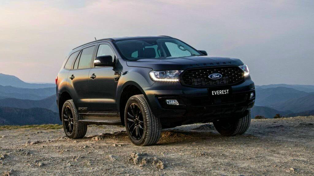 Bán ô tô Ford Everest New Sporst 2021