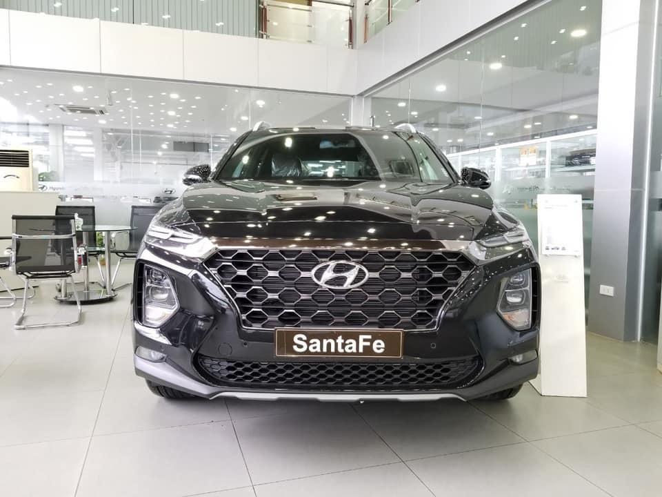 Tháng 5 - Hyundai Santafe 2021 - giảm hơn 100 triệu. Xe giao ngay