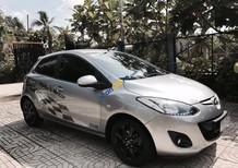 Chính chủ nữ cần bán Mazda 2 SX 2013, còn rất mới, màu bạc, giá 395tr