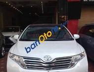 Cần bán Toyota Venza đời 2009, màu trắng