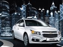 Cần bán xe Chevrolet Cruze LTZ sản xuất 2018, màu trắng