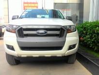 Bán ô tô Ford Ranger XLS MT đời 2017, màu trắng, nhập khẩu nguyên chiếc