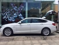 Bán xe BMW 528i GT sản xuất 2017, màu trắng, nhập khẩu
