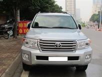 Cần bán Toyota Land Cruiser vx 2014, màu bạc, nhập khẩu