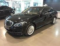 Bán Mercedes E200 2015, màu đen, như mới