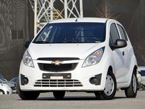 Cần bán Chevrolet Spark đời 2012, màu trắng, xe nhập, số tự động