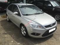 Cần bán Ford Focus 1.8L đời 2010, màu bạc, nội thất rộng rãi