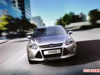 Xe Ford Focus C Max 2.0 AT 4 CỬA 2014