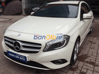 Cần bán Mercedes A200 đời 2014, màu trắng, nhập khẩu chính hãng