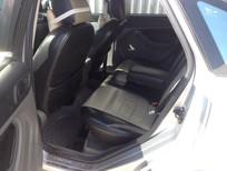 Cần bán gấp Ford Focus 2010, màu bạc