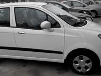 Bán Chevrolet Spark van 2012, màu trắng, nhập khẩu chính hãng, 225 triệu