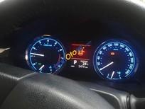 Cần bán gấp Toyota Corolla altis 1.8AT sản xuất 2015, màu đen chính chủ, 845tr