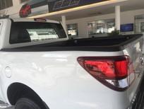 Mazda BT 50 MT màu trắng 635 triệu