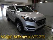 Bán xe Hyundai Tucson đời 2018, màu bạc,trả góp 90% xe,LH Ngọc Sơn: 0911.377.773