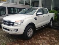 Cần bán xe Ford Ranger XLT 4x4 MT trắng, giao ngay, giá rẻ