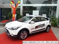 Bán Hyundai i20 Active sản xuất 2017, màu trắng, góp 90%xe, LH Ngọc Sơn 0911.377.773
