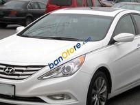 Bán xe cũ Hyundai Sonata AT sản xuất 2011, màu trắng, giá 725tr