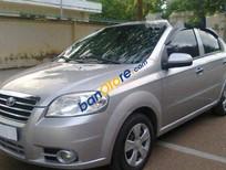 Cần bán lại xe Daewoo Gentra đời 2010, màu bạc đã đi 75000 km, giá tốt