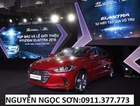 Bán xe Hyundai Elantra mới 2018, màu đỏ, trả góp 90%xe, LH Ngọc Sơn: 0911.377.773