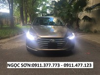 Cần bán Hyundai Elantra mới 2018, màu nâu, trả góp 90%xe, LH Ngọc Sơn: 0911.377.773