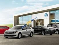 Bán Volkswagen Polo AT đời 2017, màu bạc, nhập khẩu