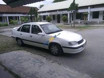 Cần bán gấp Daewoo Cielo đời 1994, màu trắng