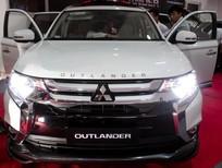 Mitsubishi Outlander (2.0 & 2.4 CVT) 7 chỗ ngồi, công nghệ Nhật Bản