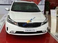 Bán xe Kia Cerato AT năm 2017, màu trắng, 611 triệu giá, cạnh tranh tại thị trường Phú Thọ