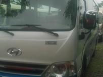 Bán xe khách thân dài Tracomeco 29 chỗ, ghế 2-2 Châu Âu , xe mới giao ngay, xe màu trắng xanh  đt: 0961237211