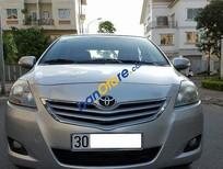 Cần bán Toyota Vios 1.5E đời 2010, màu bạc chính chủ