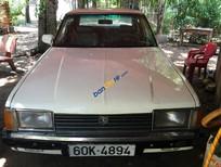 Cần bán xe Toyota Corolla sản xuất 1983, màu trắng