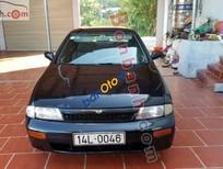 Cần bán Nissan Bluebird SSS đời 1993, màu đen, xe nhập, giá 88 triệu