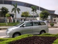 Cần bán gấp Toyota Innova 2.0G màu bạc phom mới sx cuối 2008. lh chính chủ Thùy Hương 0914333987
