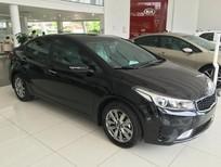 Bán Kia Cerato 1.6 MT 2017, màu đen, sẵn xe, giá tốt nhất Hải Phòng, trả góp tới 80%