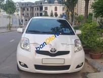 Cần bán lại xe Toyota Yaris AT sản xuất 2011, màu trắng