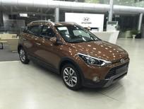 Cần bán Hyundai i20 Active AT sản xuất 2017, màu nâu, nhập khẩu, giá tốt