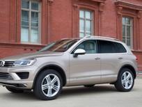 Cần bán xe Volkswagen Touareg GP đời 2016, màu nâu