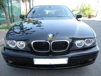 Cần bán lại xe BMW 5 Series 525i đời 2003, màu đen chính chủ, 295tr