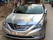 Cần bán gấp Hyundai Sonata 2.0AT đời 2011, màu bạc, nhập khẩu nguyên chiếc, chính chủ, 650 triệu
