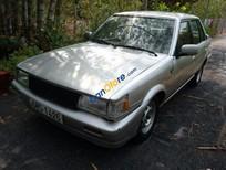 Cần bán gấp Toyota Corolla năm 1983, màu bạc