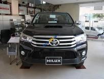 Toyota Hilux 2016 xe 2 cầu, có xe giao ngay, giá chỉ 844 triệu + tặng gói phụ kiện giá trị cao