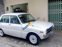 Bán xe cũ Mazda 1200 đời 1980, màu trắng