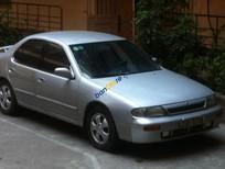 Cần bán lại xe Nissan Altima sản xuất 1993, màu bạc