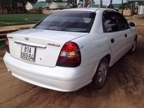 Xe Daewoo Nubira năm sản xuất 2002, màu trắng
