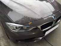 Xe BMW 3 Series 320i đời 2014, màu xám còn mới