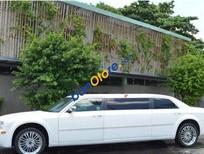 Bán Chrysler 300C AT năm 2009, màu trắng, nhập khẩu chính hãng số tự động