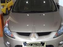 Cần bán gấp Mitsubishi Grandis 2.4 sản xuất 2009, màu vàng