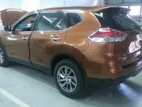 Cần bán xe Nissan X trail 2.0CVT 2016, màu bạc. LH 0985411427