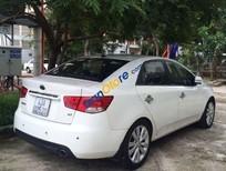 Cần bán xe Kia Forte MT đời 2011, màu trắng