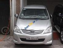 Bán Toyota Innova 2.0G sản xuất 2010, màu bạc như mới